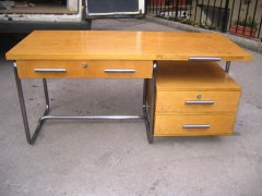 R-M-Schreibtisch-002-900.jpg